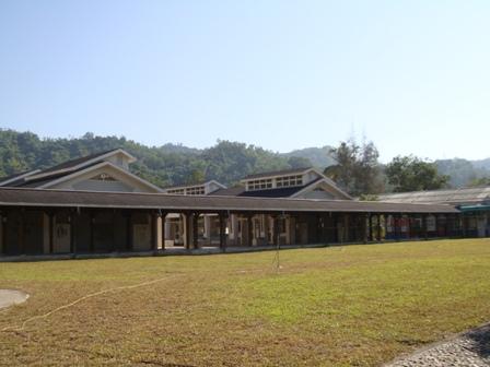 學校操場的利用 增加透水空間(圖片提供:王价巨)